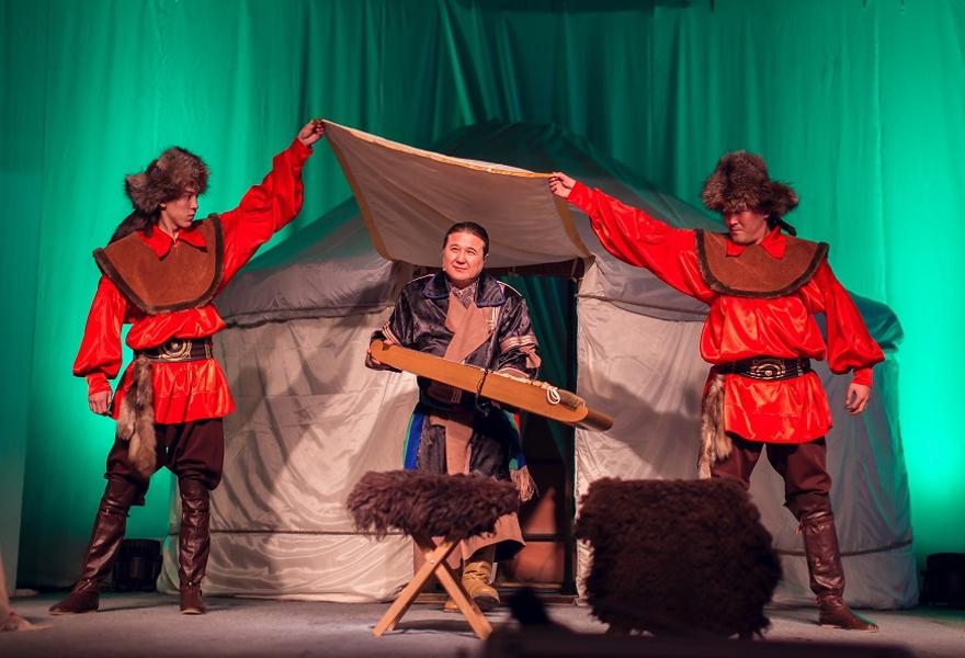 Гала-концерт в честь закрытия Года хакасского эпоса