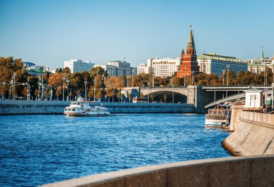 """Завтрак и прогулка по центру Москвы на теплоходе """"Доброе утро, Москва!"""""""
