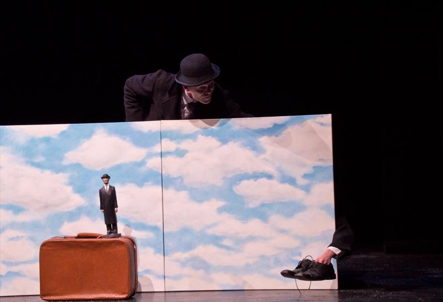 Молчание мира / Театральное путешествие по картинам Рене Магритта